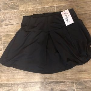 Meaneor skirt with shorts underneath